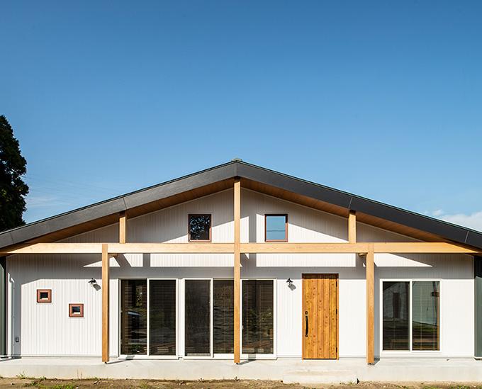 TOMIO DESIGN HOUSE