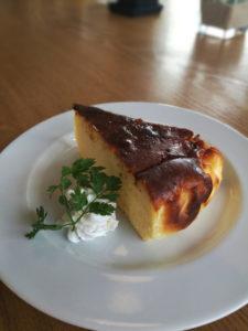 コテカフェバスクチーズケーキ