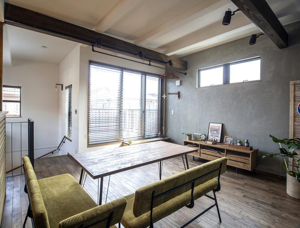千葉県千葉市「コンパクトなビルトインガレージの家」