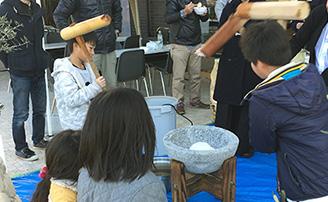 トミオ 新春餅つき大会