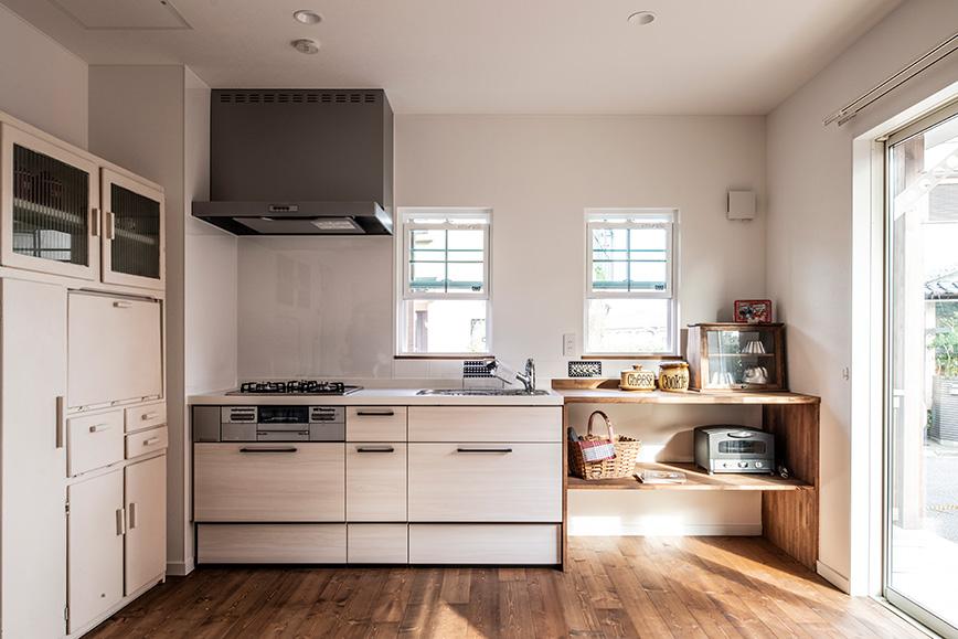 地熱床暖房でキッチンも温か