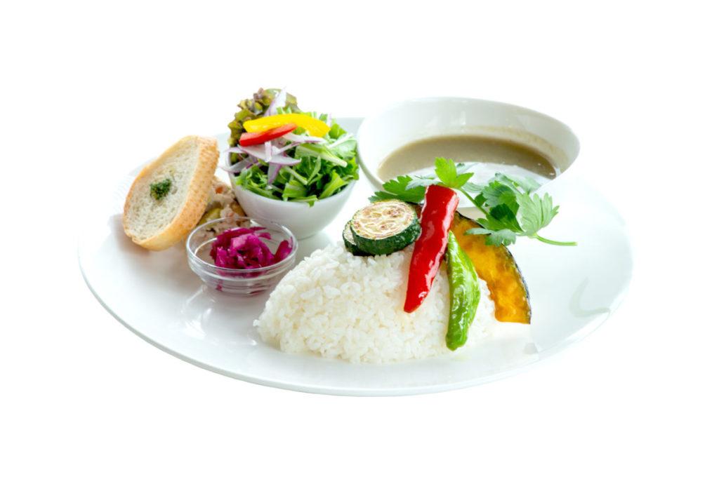 グリーンカレー(ランチはドリンク、サラダ、スープ付き)¥1,390(税別)