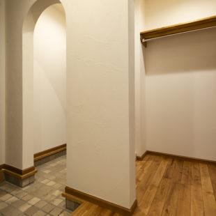 玄関 tomioの家