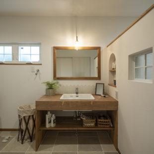 洗面 tomioの家