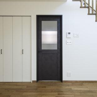 ドア tomioの家